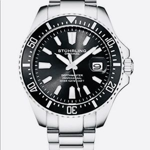 BRAND NEW men's Stuhrling dive watch in black!